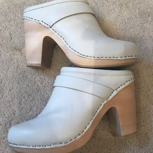 Jeffrey Campbell white leather clog 8.5 EUC